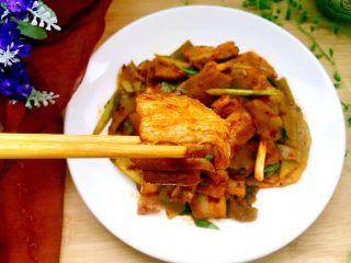 青笋回锅肉,五花肉一点不腻,一口肉一口米饭,美美哒