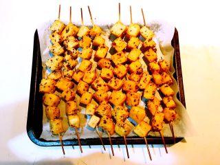 孜然千叶豆腐串,孜然千叶豆腐烤好了