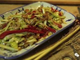 韭黄炒虾仁,❥ 最后成品完成,是不是很想立刻买食材煮一盘?