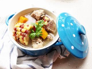 排骨煲,冬天更适合煲汤啊!