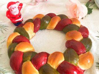 圣诞花环面包,成品图