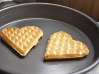 早安早餐+营养早餐组合,放入烤盘或平底锅加热即可。