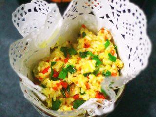 蟹黄炒饭,解锁螃蟹新吃法,搞定啦!颜色很喜人,味道也是棒棒哒!