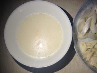 葱姜花蛤,提前熬好的浓汤