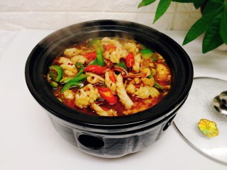 福州+香辣鱿鱼煲,边吃边加热,冬天就是要这样吃,哈哈哈哈哈