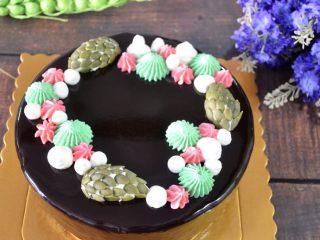 八寸巧克力慕斯巧克力淋面裱花蛋糕