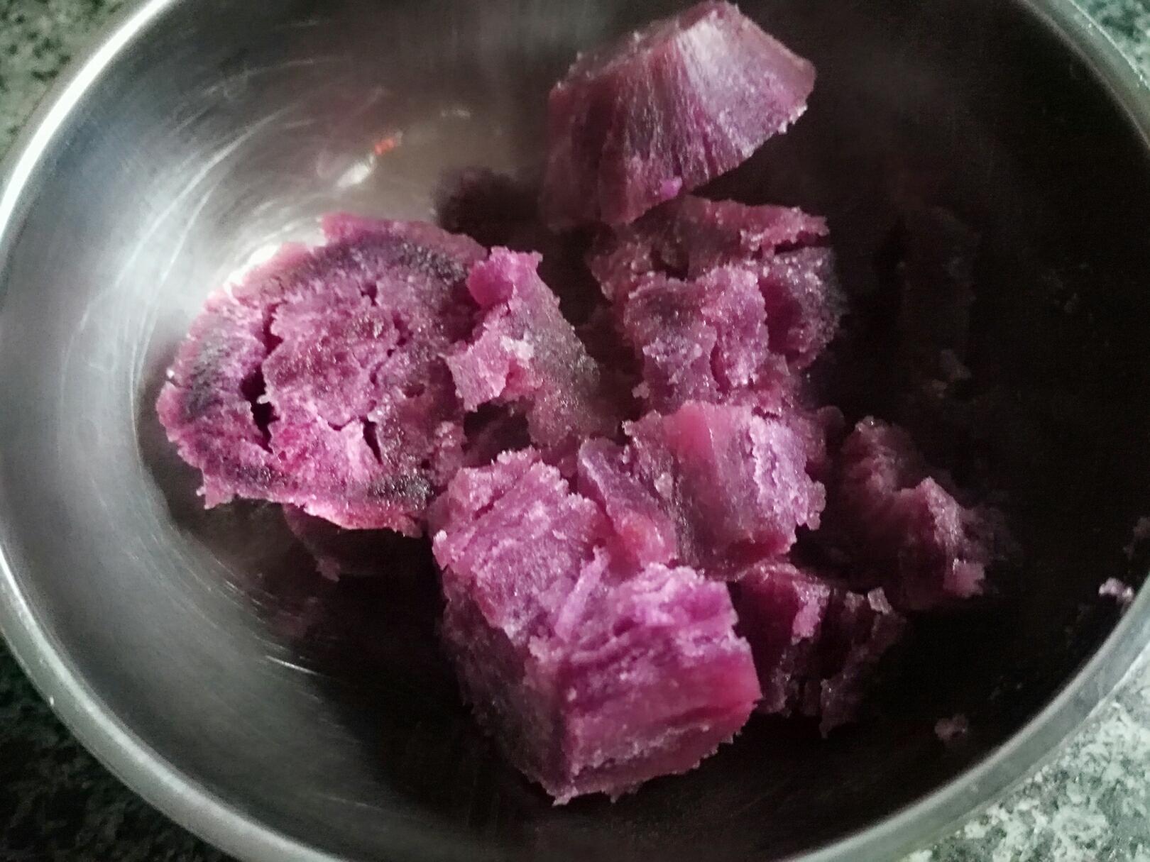 平底锅紫薯夹心蛋糕卷</p> <p>宝宝辅食,蒸制软烂
