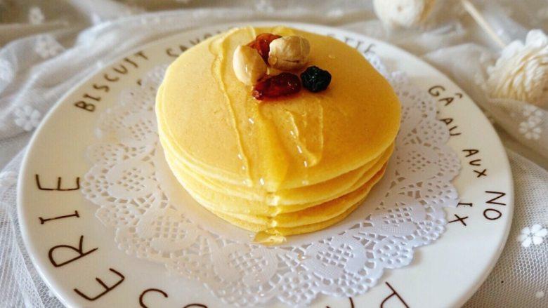 奶香玉米饼,淋上蜂蜜也很不错哦~
