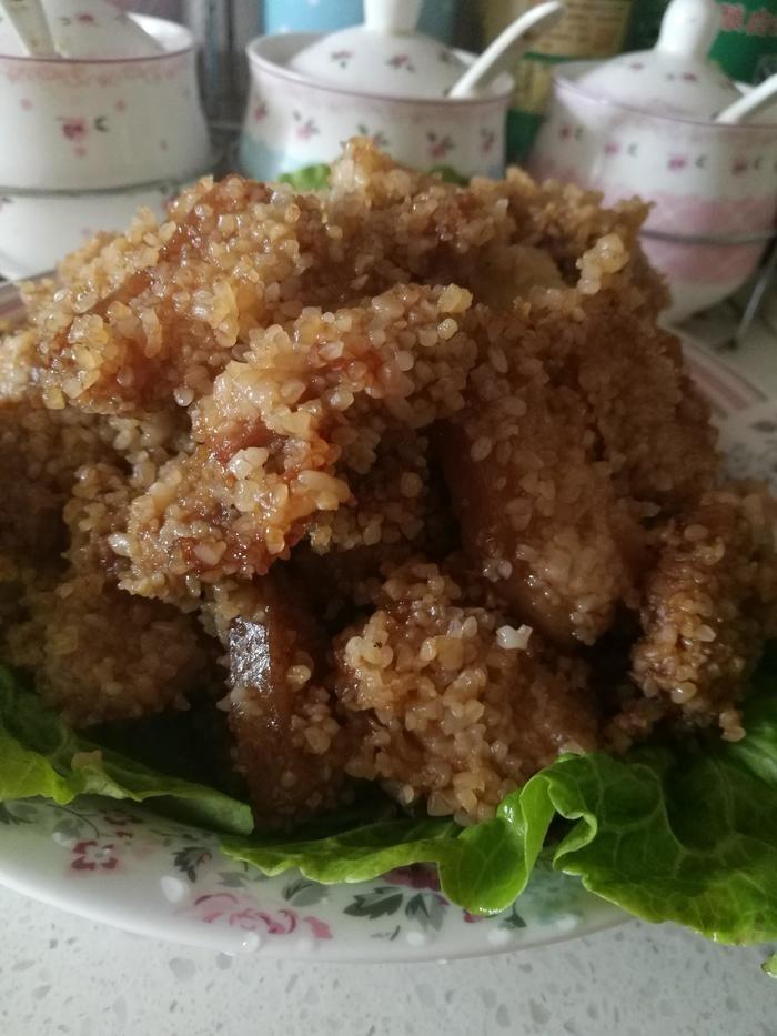大米加+五花肉=可口粉蒸肉