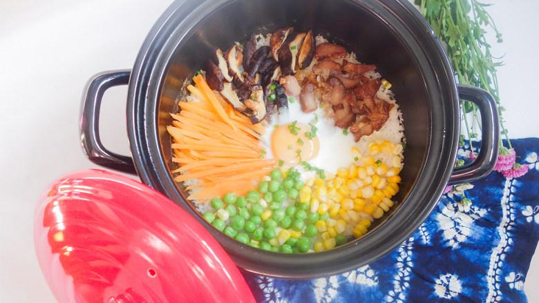 超简单又好吃的彩虹煲仔饭