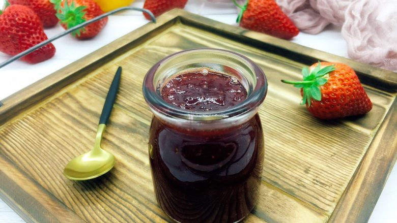 古法熬制 草莓酱,成品图。