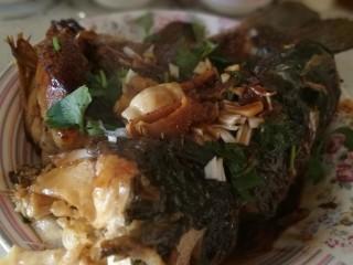 红烧鱼,收汁装盘