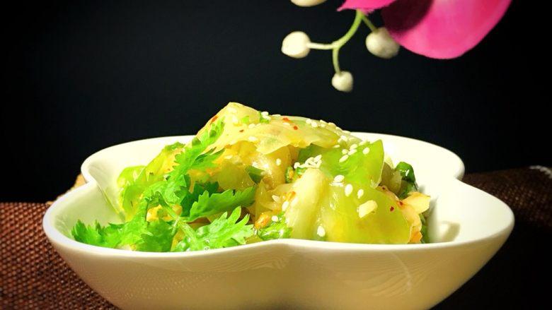麻油蒜蓉卷心菜