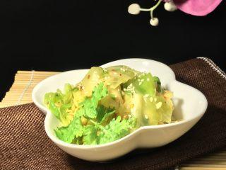 麻油蒜蓉卷心菜,配粥一极棒。