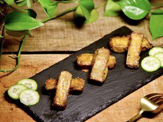咖喱烤毛豆腐,外表酥脆,内里绵软的烤豆腐就做好了