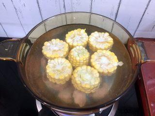 冬瓜玉米排骨汤,一次性加足清水