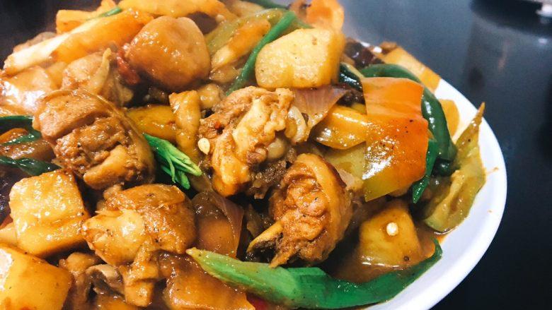 大盘鸡,土豆软糯,鸡肉很很入味