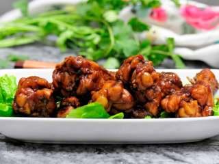 可乐鸡翅根 带给你不一样的吃鸡感受,换个角度看看这让人垂涎的美食。