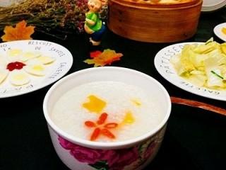 一锅出&枣花馍+红薯枸杞粥  ,早餐杠杠的