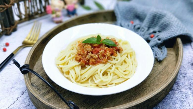 番茄肉酱意大利面+虾仁+烤肠