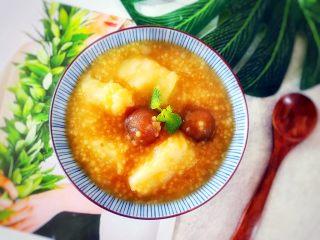 电饭煲+安神健脾养胃の白薯桂圆红糖小米粥