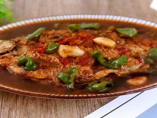 长江鳊鱼这样做才好吃,农家做法简单又实用,原汁原味惹人爱