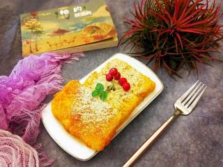 江南名小吃~炸年糕,一种吃法,浇上焦糖酱,撒一点熟的黄豆粉