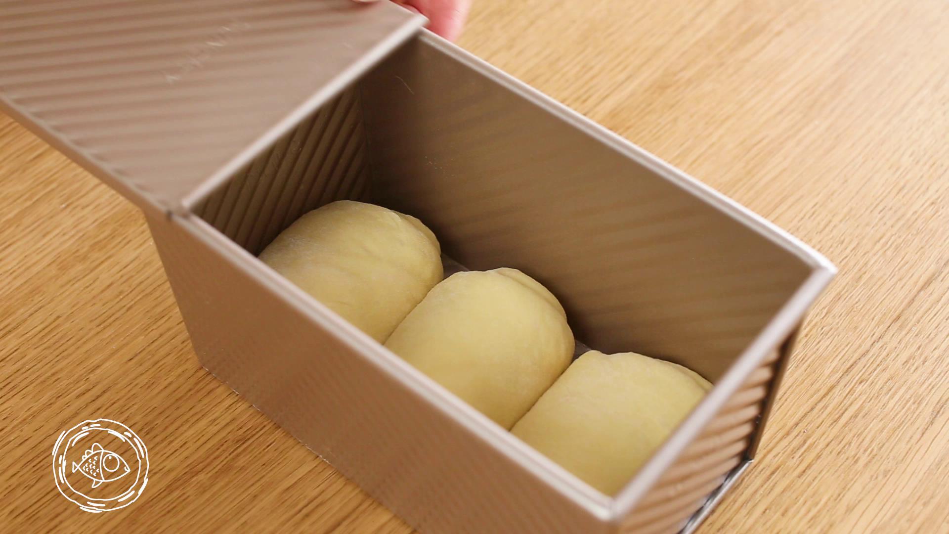 12m+原味吐司(宝宝辅食),放入土司盒</p> <p>