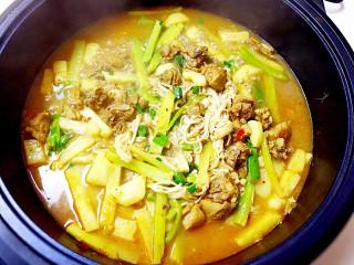 暖心鸡汤,关火,焖半分钟,即可享用,看得到的美味!