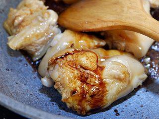 经典下饭菜—红焖猪蹄,1勺老抽