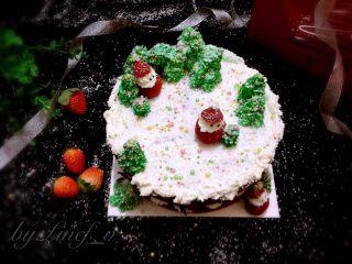 圣诞场景草莓裸蛋糕