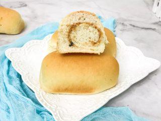 蜂蜜肉松面包卷