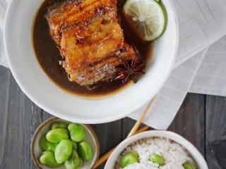 儿时妈妈的味道,糖醋带鱼,一份暖暖的家乡味,出锅摆盘