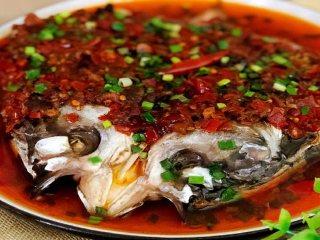 这道剁椒鱼头,居然藏了那么多好吃的秘招!