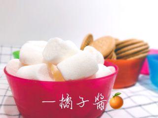网红奥利奥雪花酥(台湾),黄油推荐安佳无盐黄油,奶粉推荐雀巢全脂奶粉(不含糖)。