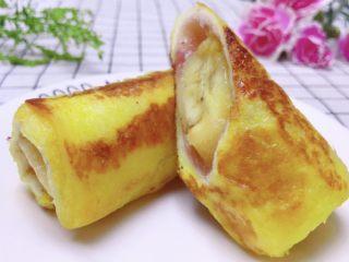 香蕉吐司卷,趁热吃啊!香甜美味!你一定会喜欢的!😘😘😘