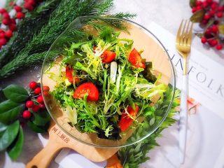 健康饮食の凉拌爽口小菜~苦菊裙带菜,美美的,好吃,对身体健康有益,赞赞赞👍🏻