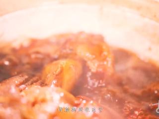 过年这么炖肘子,它是卤煮火烧的祖先,也是香草膳食的传承