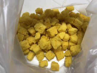 黄金面包糠,凉透了放在保鲜袋