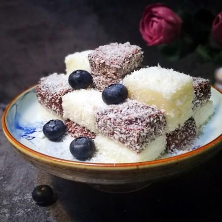 家宴甜点~双色奶冻小方