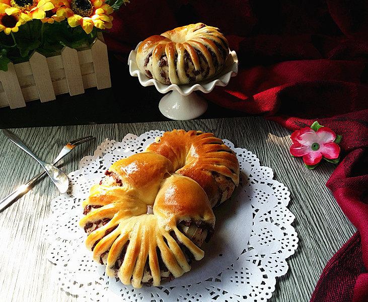 豆沙花瓣面包