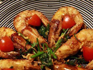 椒盐大虾,摆盘,上桌,非常诱人吧??