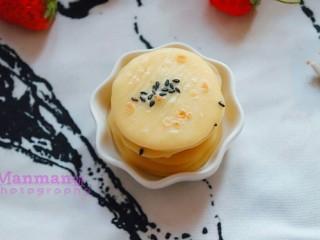 宝宝辅食    10M+ 超级松软的小米饼,软软的很好吃哦。