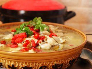 砂锅酸菜鱼,成品