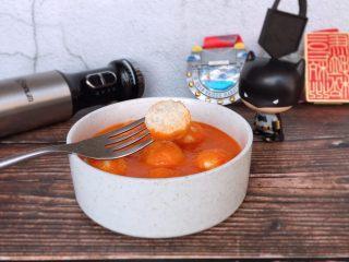 茄汁蓮藕雞肉丸子(親子版)-輔食,軟軟嫩嫩酸酸開胃的茄汁蓮藕雞肉丸子就做好啦~