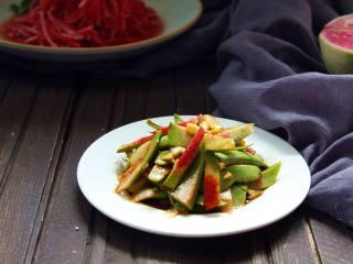 解腻、解酒――糖醋心里美萝卜丝,即是一道配粥的小菜。