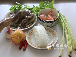 过年菜----泰式海鲜沙拉,准备好所需要的食材