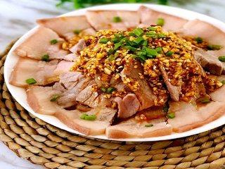 去四川必点名菜——蒜泥白肉