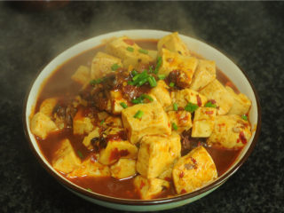 红烧豆腐,香辣入味的红烧豆腐出锅啦