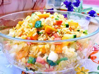 金玉满堂春满园➕咸鸭蛋杂蔬南瓜炒饭,成品